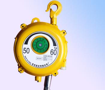 简析电动平衡器跟折臂吊的出色组合